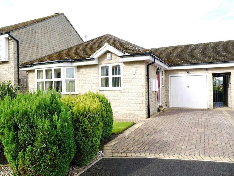 3 Bedrooms Detached Bungalow for sale in Little Cote, Thackley