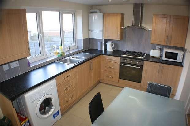 3 Bedrooms Terraced House for sale in Warren Road, London