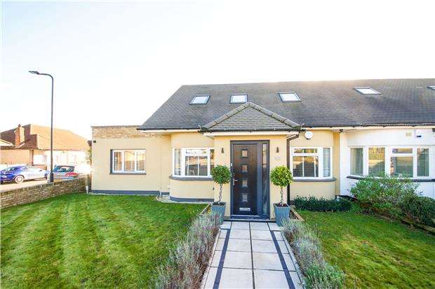 4 Bedrooms Semi Detached Bungalow for sale in Blair Avenue, KINGSBURY, NW9 7LP