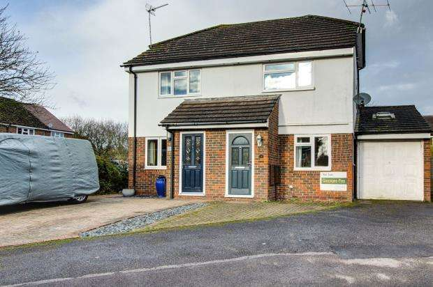 3 Bedrooms Semi Detached House for sale in Holybourne, Alton, Hampshire