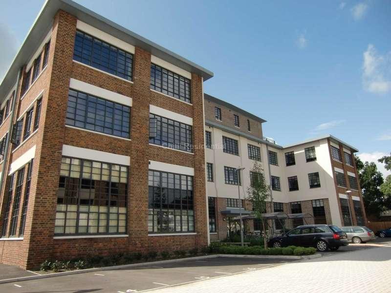 2 Bedrooms Apartment Flat for rent in O`Gorman Avenue, Farnborough