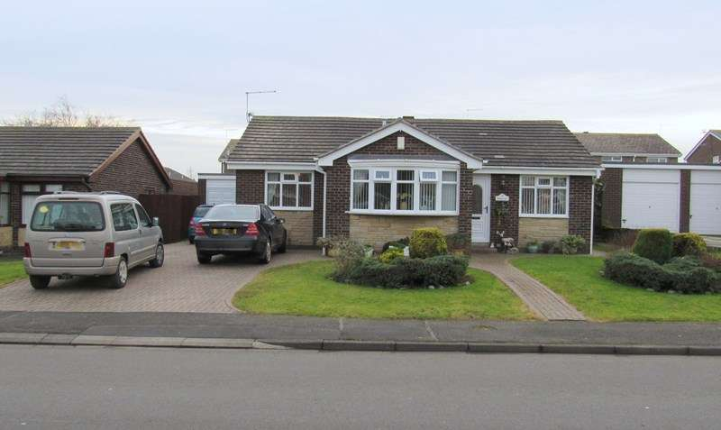 3 Bedrooms Bungalow for sale in Windmill Hill, Ellington, Morpeth, Northumberland, NE61 5HU