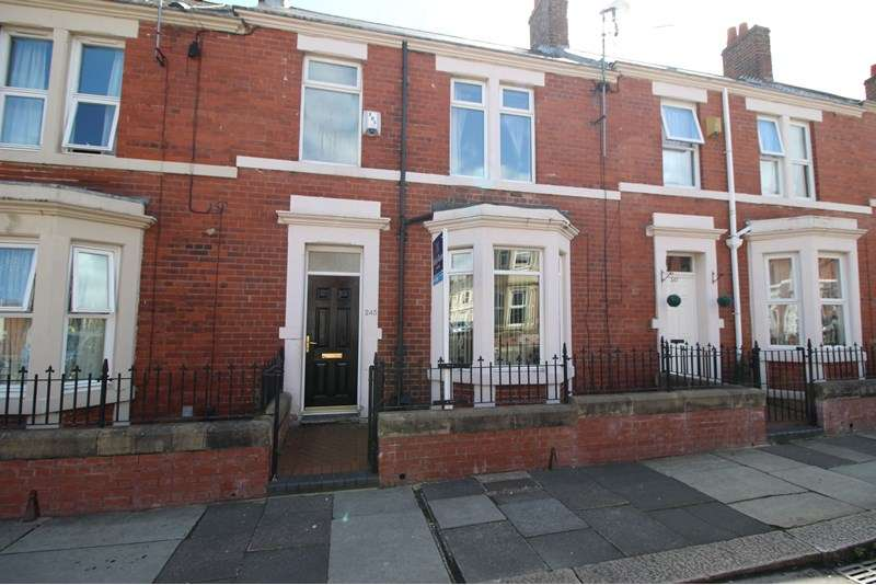 3 Bedrooms Property for sale in Wingrove Avenue, Fenham, Newcastle upon Tyne, Tyne and Wear, NE4 9AB