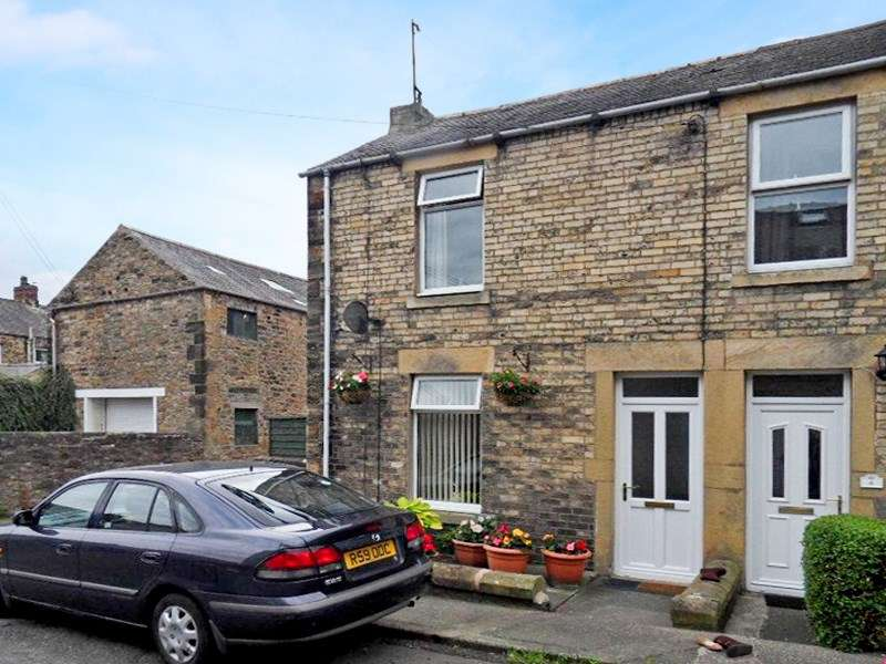 2 Bedrooms Property for sale in Newton Street, Haltwhistle, Haltwhistle, Northumberland, NE49 9LA