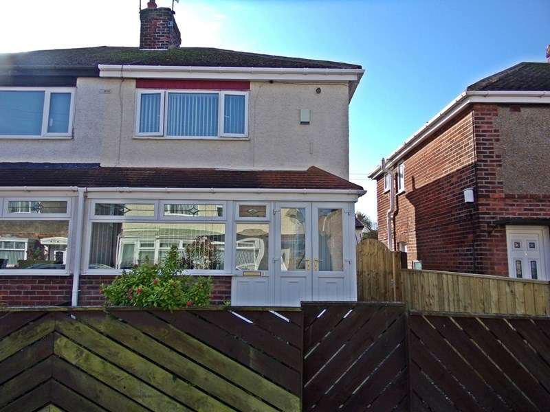 2 Bedrooms Property for sale in The Grove, Easington, Easington, Durham, SR8 3BU