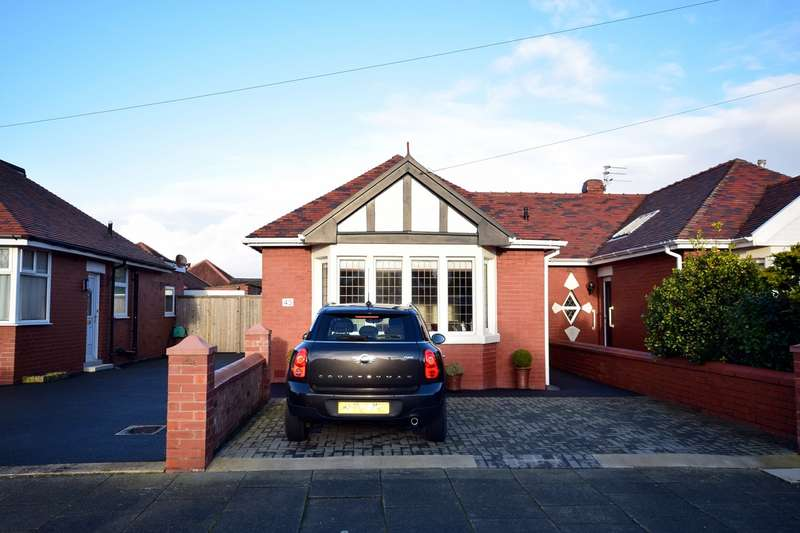 2 Bedrooms Semi Detached Bungalow for sale in Baltimore Road, Lytham St Annes, FY8