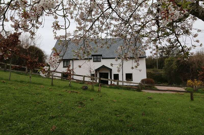 3 Bedrooms Detached House for sale in Well Cottage, Netherton, Newton Abbot, Devon, TQ12 4RP