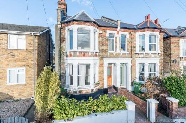 5 Bedrooms Semi Detached House for sale in Dalrymple Road, Brockley, SE4