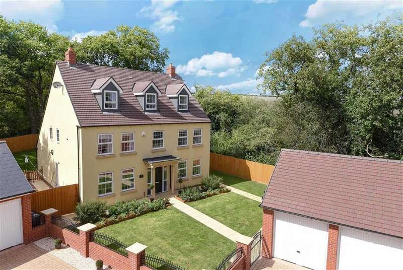 5 Bedrooms Detached House for sale in Sandoe Way, Exeter, Devon, EX1