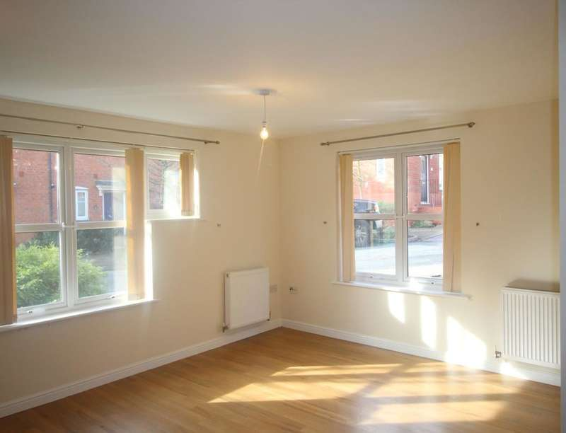 2 Bedrooms Flat for rent in Blandamour Way, Bristol, BS10