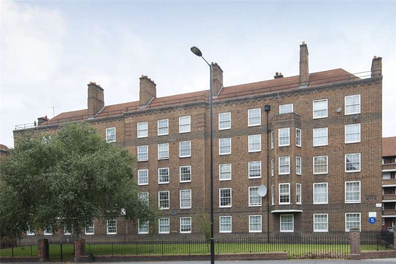 3 Bedrooms Flat for sale in Crandale House, Pembury Road, London, E5