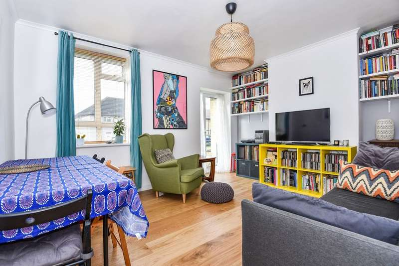 3 Bedrooms Flat for sale in Holberry House, Kingswood Estate, Dulwich, SE21