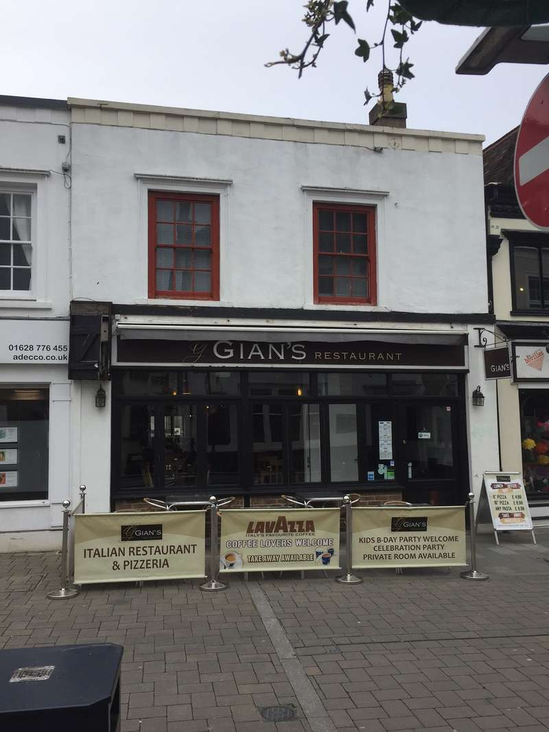 Shop Commercial for rent in 126 ,HIGH STREET,MAIDENHEAD,SL6 1PT, High Street, Maidenhead