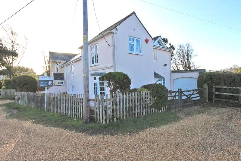 3 Bedrooms Semi Detached House for sale in Pitmore Lane, Sway, Lymington