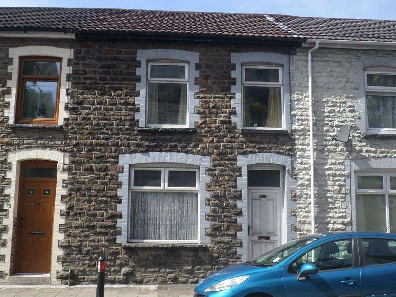 3 Bedrooms Terraced House for sale in North Road, Porth