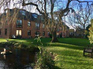 1 Bedroom Flat for sale in Delves House West, Delves Close, Ringmer, East Sussex