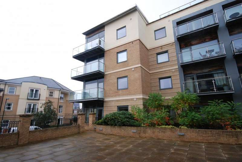 2 Bedrooms Apartment Flat for rent in Grove Park Oval, Gosforth