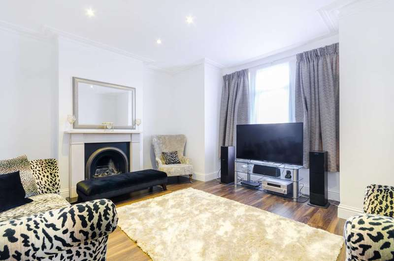 4 Bedrooms House for rent in Chartham Road, Croydon, SE25
