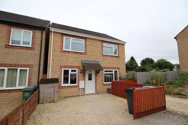 4 Bedrooms Detached House for sale in Pewsham