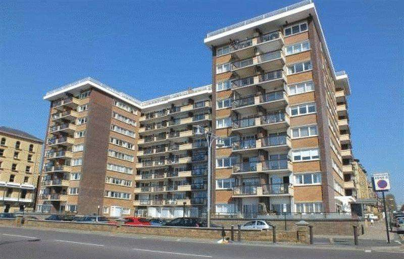 2 Bedrooms Apartment Flat for sale in Queens Gardens, Hove