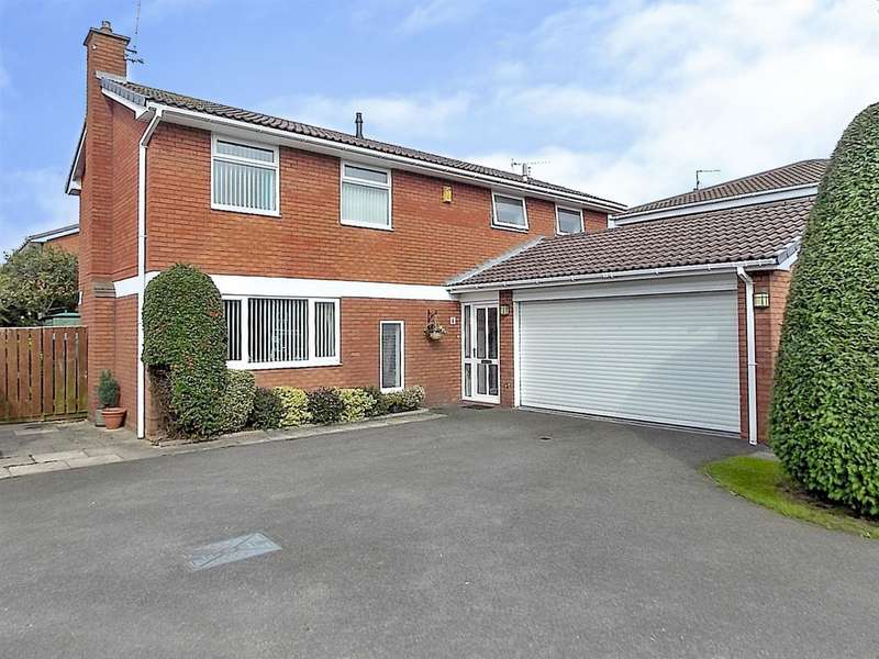 4 Bedrooms Detached House for sale in Brecon Close, Long Eaton