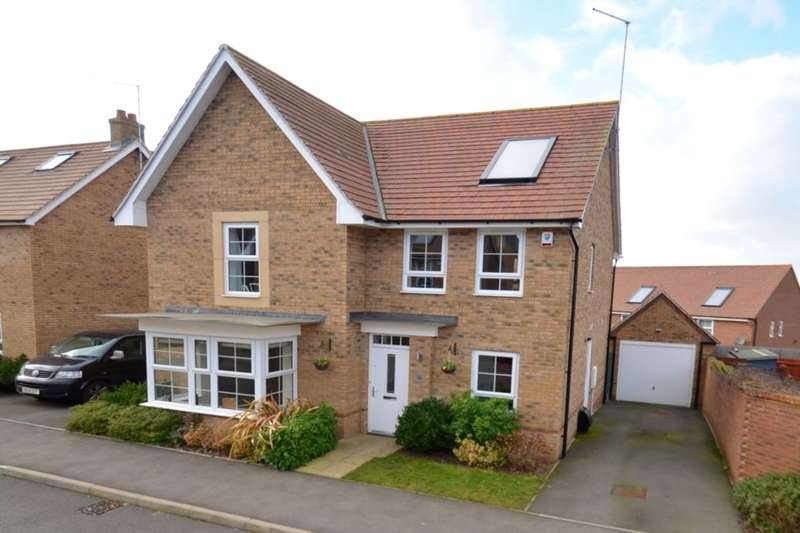 4 Bedrooms Detached House for sale in Donnington Road, Burton Latimer, Kettering, NN15