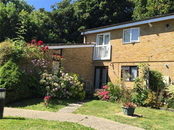 1 Bedroom Apartment Flat for sale in Ranston Close, Denham Green