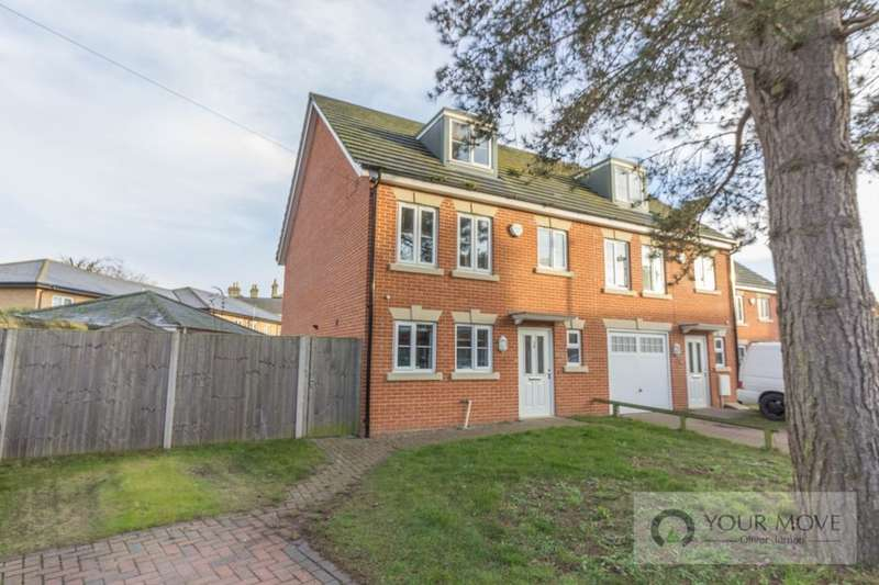 4 Bedrooms Property for sale in Royal Avenue, Lowestoft, NR32