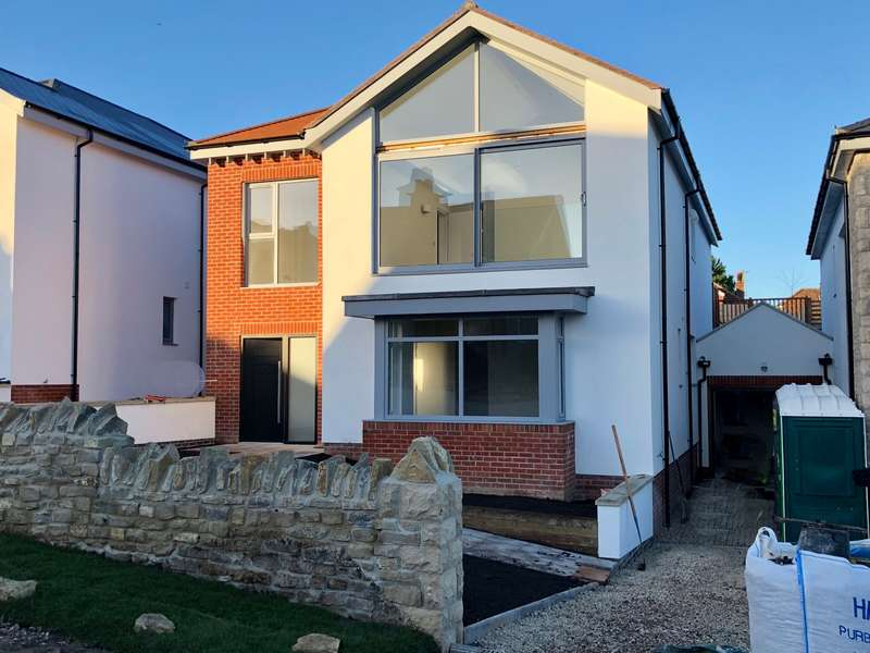 4 Bedrooms Detached House for sale in DRUMMOND ROAD, SWANAGE