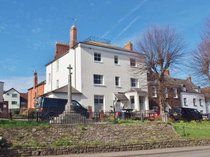 3 Bedrooms Penthouse Flat for sale in High Street, Newnham