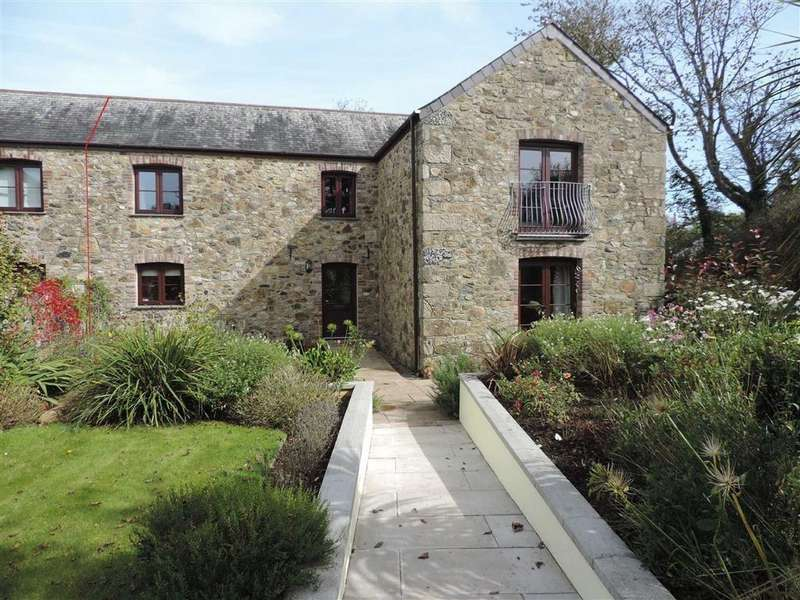 4 Bedrooms Semi Detached House for sale in Treswithian, Treswithian, Camborne, Cornwall, TR14
