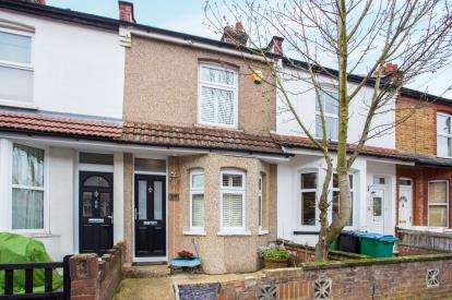 3 Bedrooms Terraced House for sale in Acme Road, Watford, Hertfordshire, .