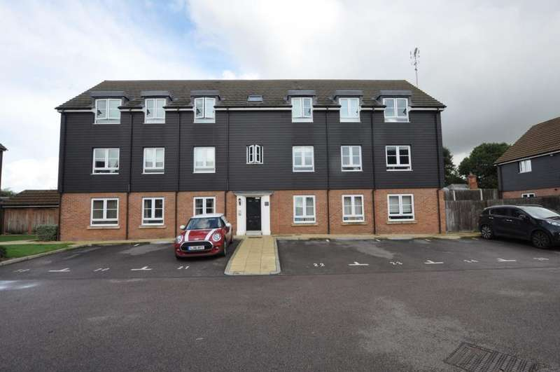 2 Bedrooms Apartment Flat for sale in Victoria Road, Ongar, CM5