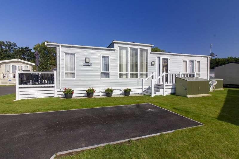 2 Bedrooms Mobile Home for sale in Laburnham Grove, Shottendane Road, Birchington