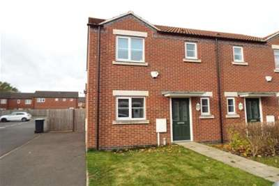 3 Bedrooms House for rent in Phoenix Street, Sutton In Ashfield, NG17