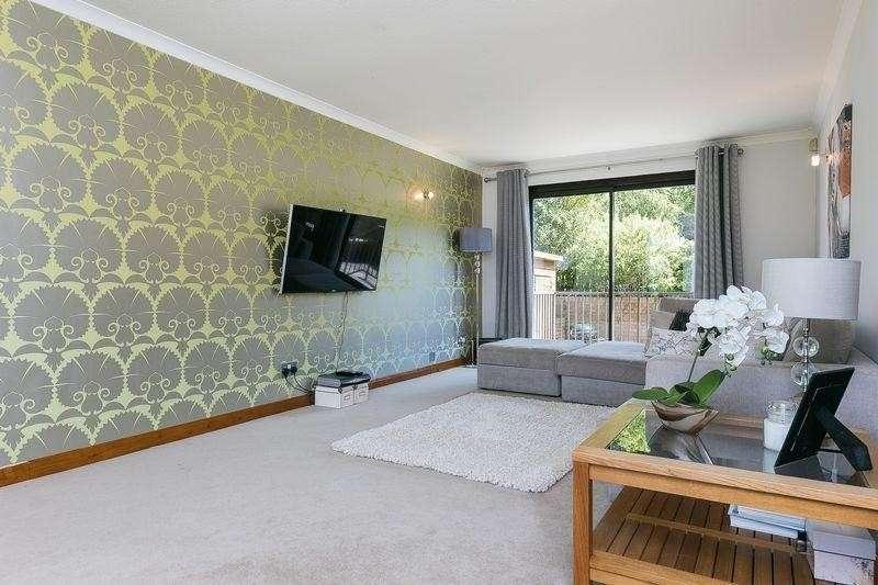 4 Bedrooms Property for sale in 6 Burnside Park, Balerno, Edinburgh, EH14 7LY