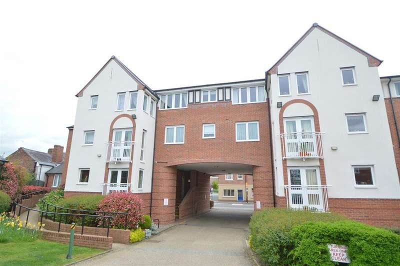 1 Bedroom Retirement Property for sale in 52 Hazledine Court, Longden Coleham, Shrewsbury SY3 7BS