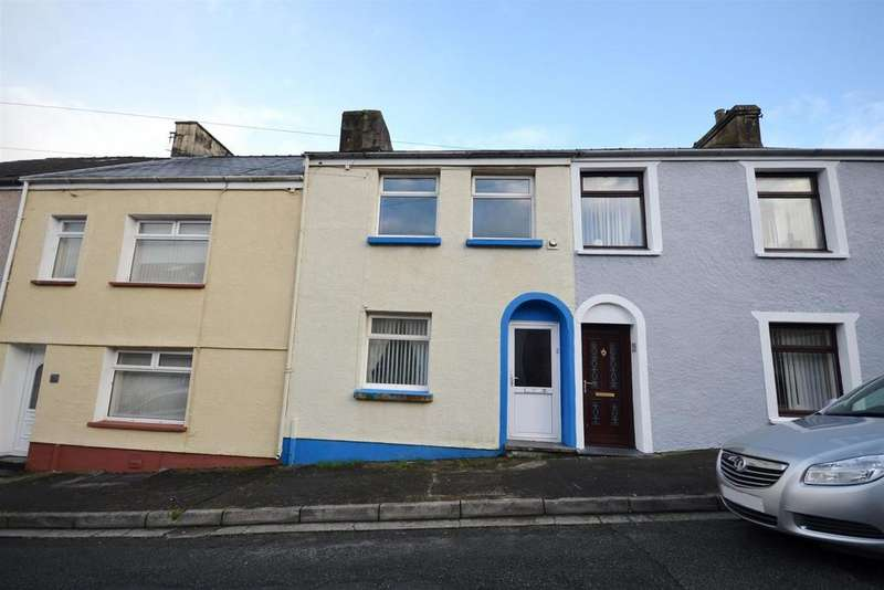 3 Bedrooms Terraced House for sale in Princes Street, Pembroke Dock