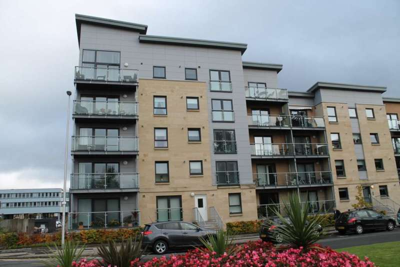 2 Bedrooms Flat for rent in Abbey Place, Paisley, PA1 1AZ