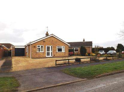 3 Bedrooms Bungalow for sale in Doves Lane, Butterwick, Boston, England