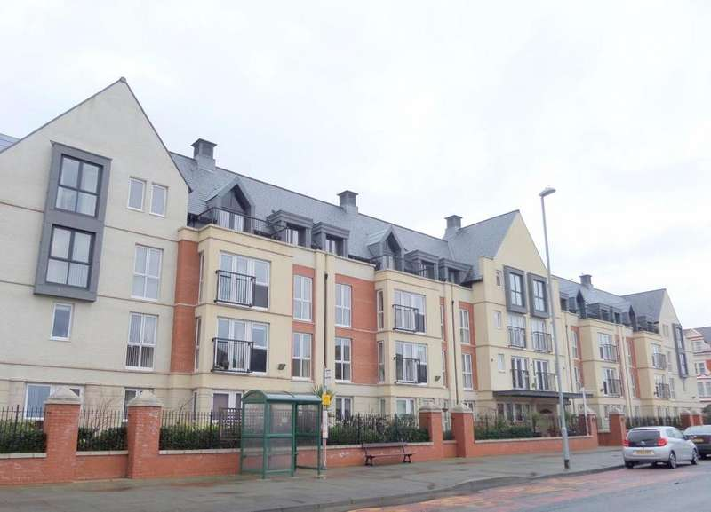 2 Bedrooms Retirement Property for sale in Gloddaeth Street, Llandudno