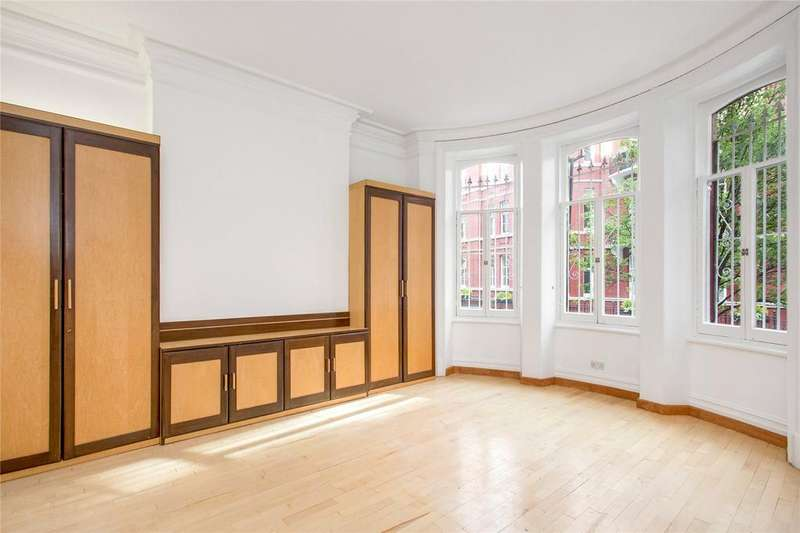 4 Bedrooms Flat for sale in Hyde Park Mansions, Cabbell Street, Marylebone, London, NW1