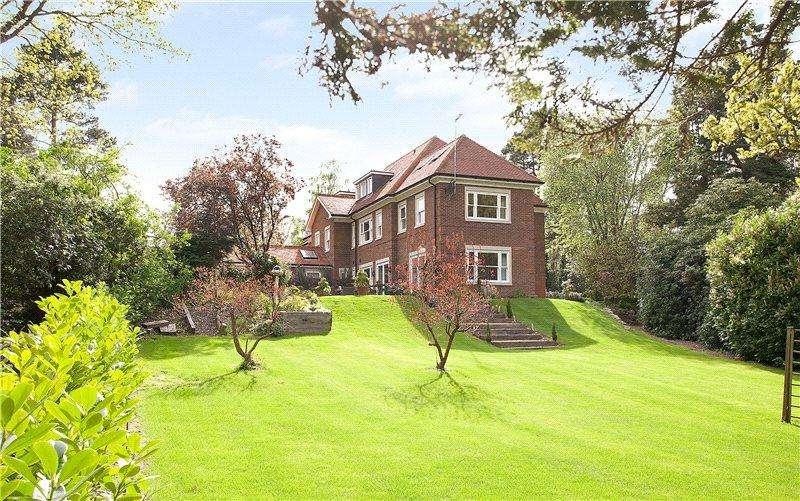 4 Bedrooms End Of Terrace House for sale in Old Avenue, St George's Hill, Weybridge, Surrey, KT13