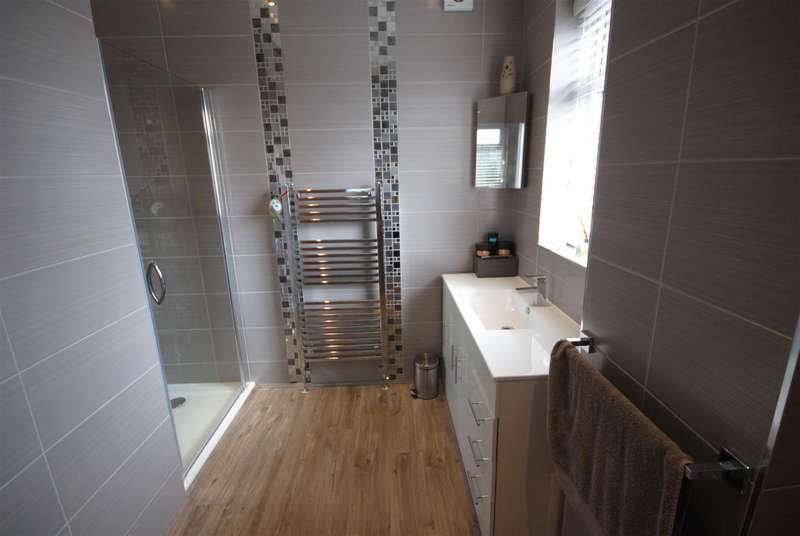 3 Bedrooms Detached House for sale in Swinley Lane, Swinley, Wigan
