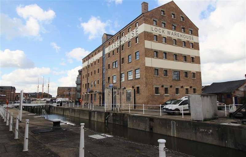 2 Bedrooms Apartment Flat for sale in Lock Warehouse, The Docks, Gloucester