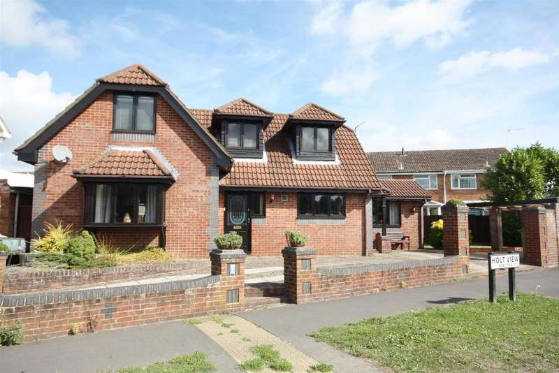4 Bedrooms Detached House for sale in Fair Oak Road, Bishopstoke, Eastleigh