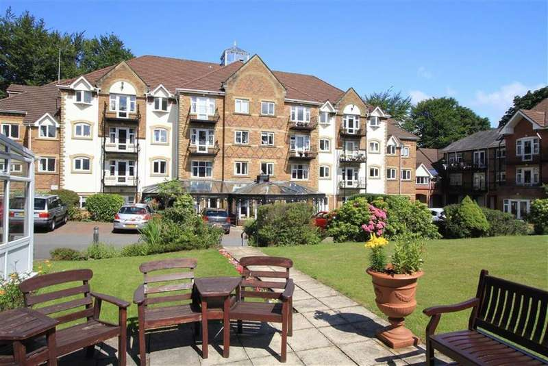 2 Bedrooms Retirement Property for sale in 33, Pegasus Court, Oakenrod, Rochdale, OL11