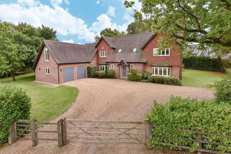 5 Bedrooms Detached House for sale in Churt, Farnham, Hampshire