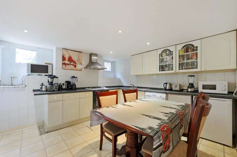 4 Bedrooms Terraced House for sale in Tarleton Gardens, London SE23