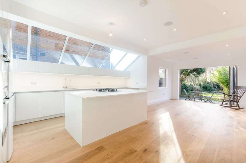4 Bedrooms Terraced House for sale in Ivy Road, Cricklewood, NW2